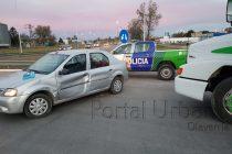 Rivadavia y RN 226, choque de auto y camión : Un menor y su madre con golpes