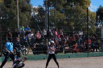 Softbol: Ganaron las damas