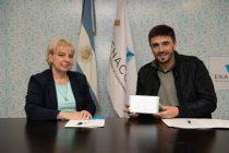 El Municipio firmó un convenio para sumarse al programa «más simple»