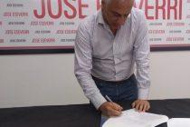 Eseverri firmó el compromiso para el debate que se realizará en Ingeniería