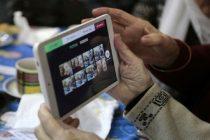Esta semana comienza la entrega de tablets para adultos mayores