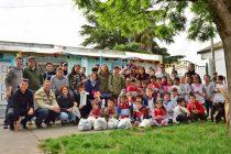 Instituciones educativas de Sierra Chica compartieron una jornada de plogging