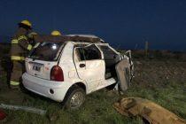 Cerca de Bahia Blanca: Un hombre murió y otras 5 personas sufrieron lesiones al volcar el auto en el que viajaban por la ruta 3