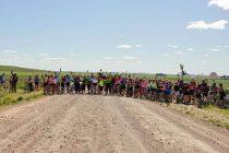 Más de 100 ciclistas participaron de la 13° edición del Cicloturismo