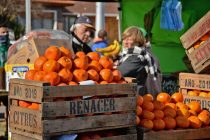 En diciembre vuelve el mercado en tu barrio en el Parque Helios Eseverri