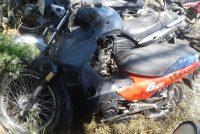 La policía encontró una motocicleta y buscan a sus dueños