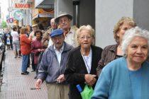 Cobran jubilados y pensionados con ingresos hasta $20.374 y DNI terminado en 4