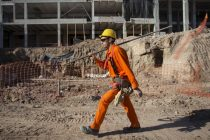 Se desplomaron la industria y la construcción en mayo