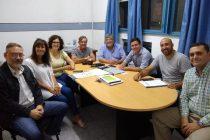 Reunión de Aguilera en la Facultad de Ciencias de la Salud con directivos de distintos organismos