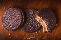 ANMAT prohibió la venta de un alfajor de chocolate «falso»