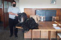La Unidad n°17 entregó 700 barbijos y recibió alcohol elaborado por el Municipio