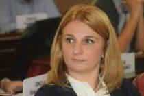 """Victoria De Bellis: """"Con Galli los únicos privilegiados son sus funcionarios"""""""