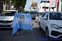 8N en Olavarría: Se realizó el banderazo en la Plaza Central