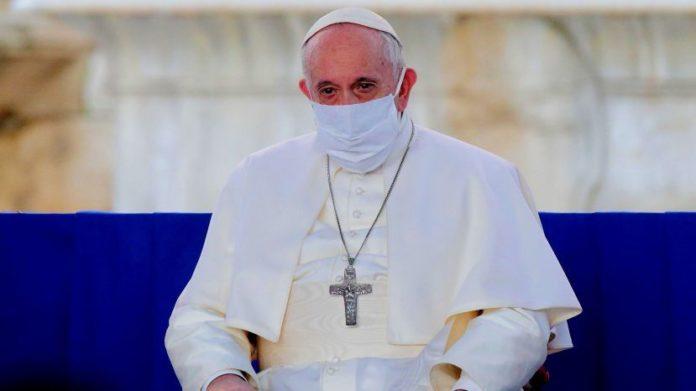 Papa Francisco ya fue vacunado