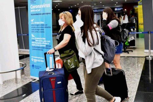Coronavirus. Detectaron la variante de Reino Unido en una persona que llegó a la Argentina