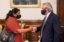 El Presidente se reunió con Margarita Barrientos, la organizadora del comedor Los Piletones