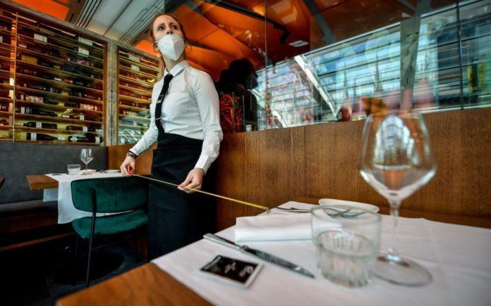 Eliminan restricciones horarias para bares