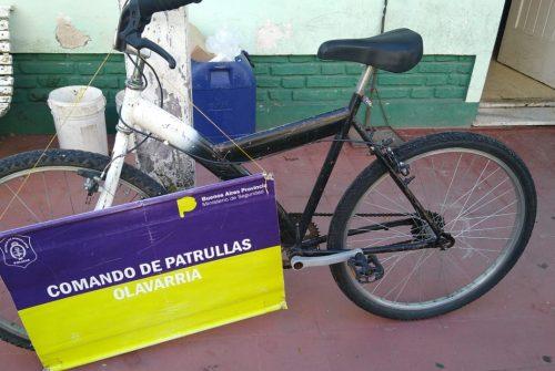 Encontraron una bicicleta abandonada en la vía pública