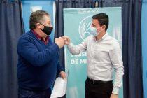 El Ministro de producción bonaerense junto a Federico Aguilera encabezaron un acto de adjudicación de canteras fiscales a 3 pymes de Sierras Bayas