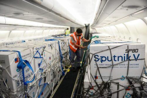 Llegan 800.000 dosis de la Sputnik V en un vuelo que arribará esta noche desde Moscú