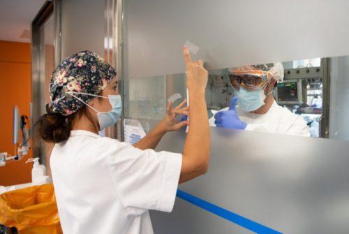 Otro día con casi 400 muertos con coronavirus en el país y 25.000 casos