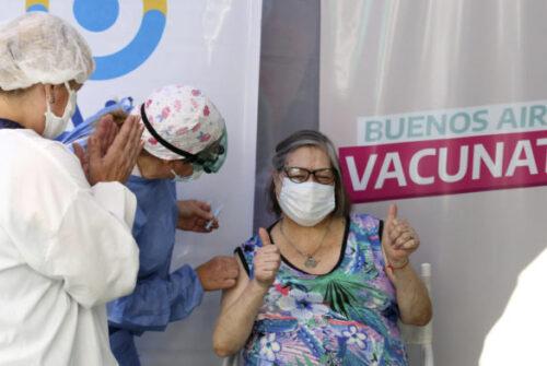 La Provincia ya vacunó más de un millón de personas mayores de 70 años