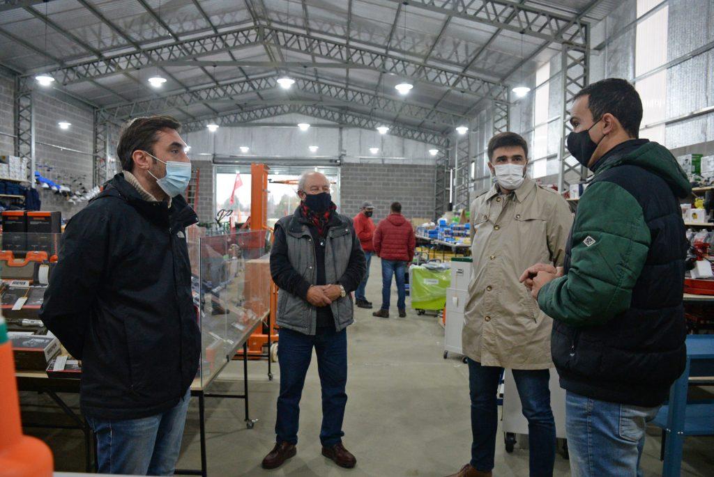 Ezequiel Galli visitó una empresa