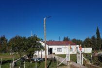 Instalaron cinco luminarias con tecnología solar en Mapis