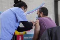 La Provincia relanza la campaña de inscripción para vacunarse con eje en grupo de 18 a 39 años