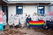 Aguilera recorrió el nuevo vacunatorio instalado en el Centro Cultural Universitario de la UNICEN