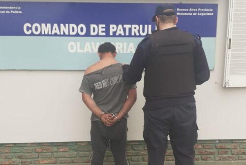Dos aprehendidos tras una confrontación vecinal y una policía herida