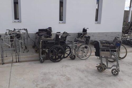 En la cárcel de Urdampilleta restauraron camas ortopédicas y sillas de ruedas para afiliados del PAMI