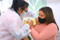 El 91% de la población mayor de 18 años recibió al menos una dosis de la vacuna en la provincia