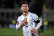 Tres goles de Messi coronaron una noche soñada de Argentina
